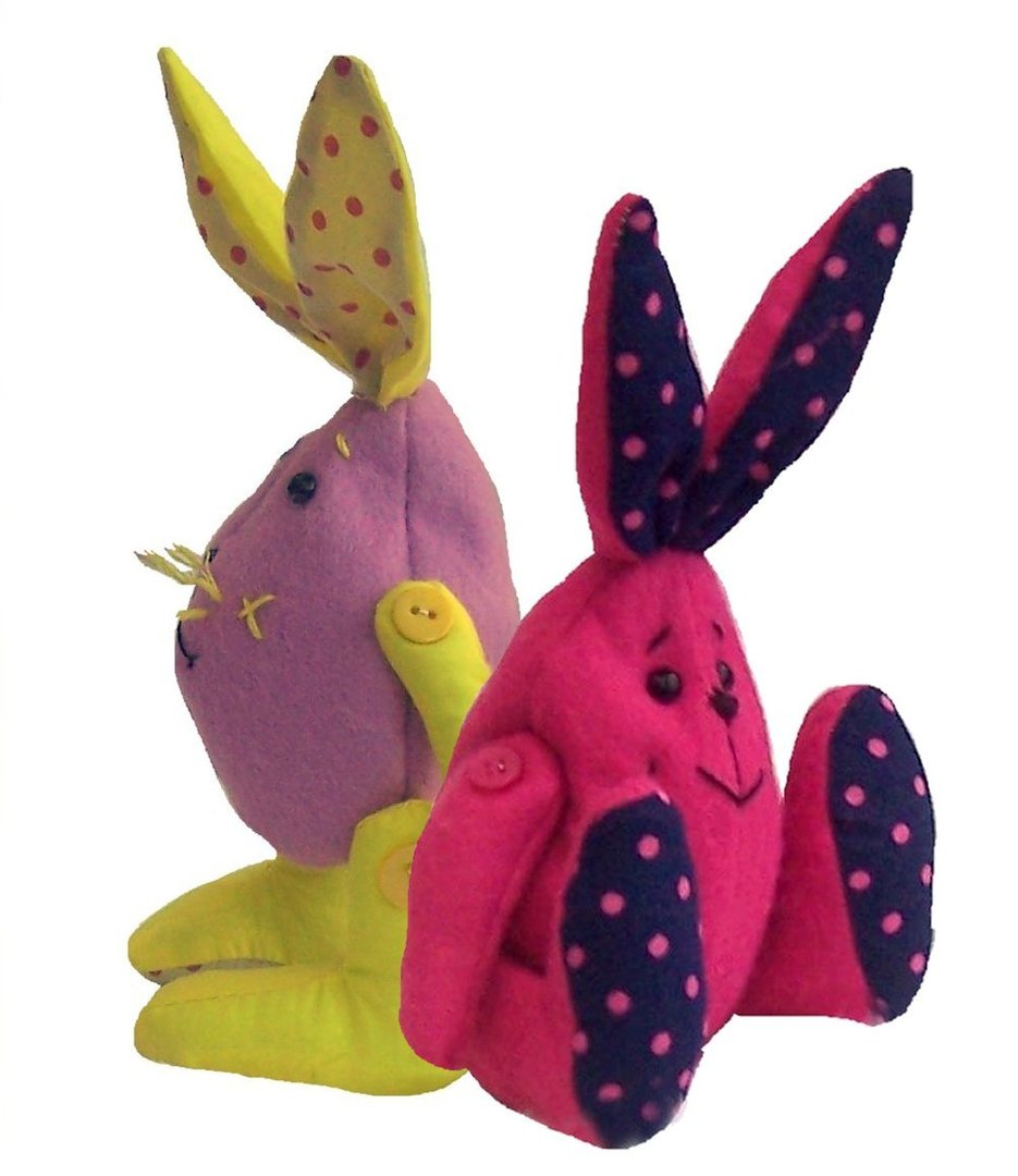 Goody, felt rabbit sewing pattern