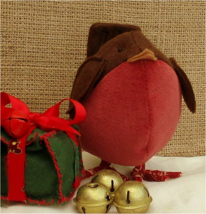 Boss Robin sewing pattern.  Brilliant festive decoration, or soft huggable