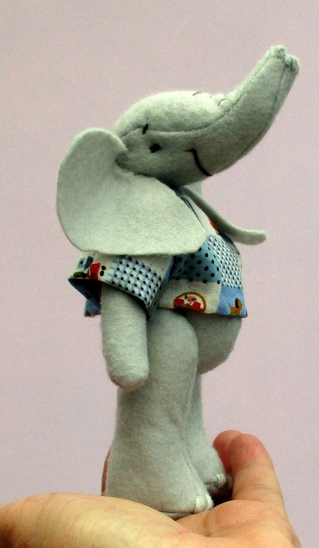 Eddie Elephant Kit