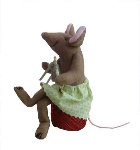 Miss Knitting Mouse Digital sewing pattern