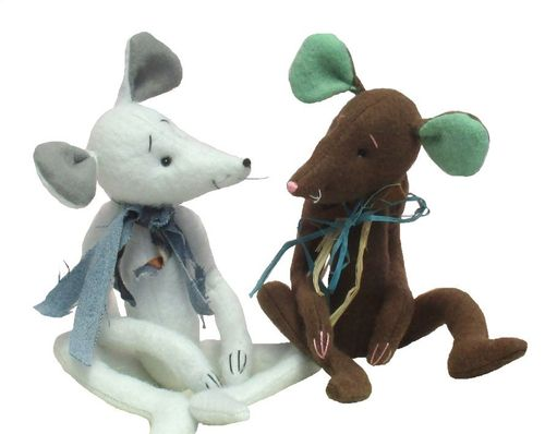 Milton, soft toy mouse sewing pattern