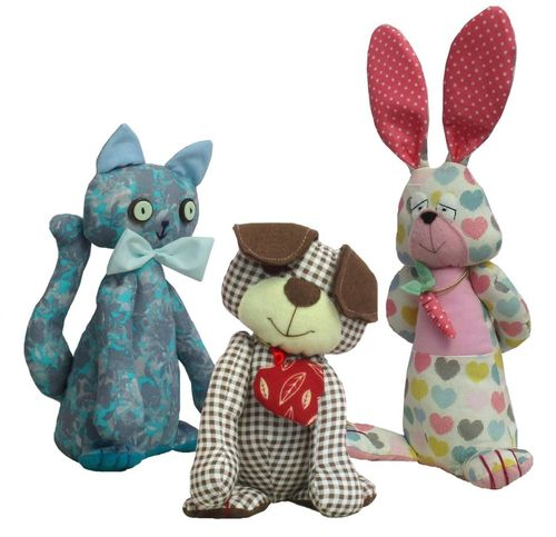 Three fun and easy to sew patterns in one pack.   Dog, cat and rabbit