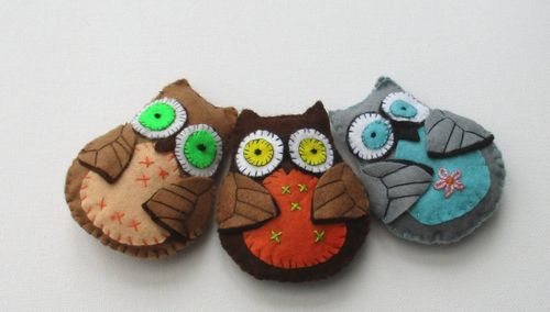 OLLIE OWL, felt soft toy sewing pattern